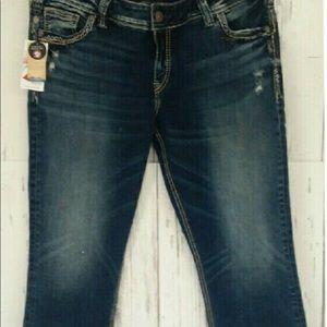 New Silver Jeans Elyse Capri Plus Size Size 26